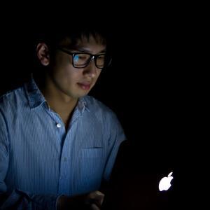 【月収100万円も夢じゃない!?】ネットアフィリエイトの無限の可能性…ブログの不労所得で今からでも人生も変わる!?