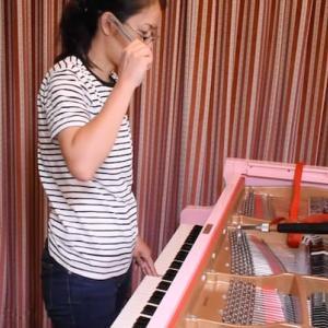 人気調律師 尾崎祐子さんにグランドピアノの調律をお願いしました!丁寧な2時間に亘る作業を5分に凝縮しました、ぜひご覧ください!