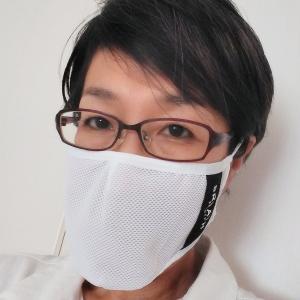 著者近影 with そこそこ快適なマスク
