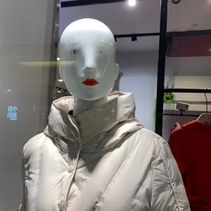 [おもしろ中国]アホそうなマネキン