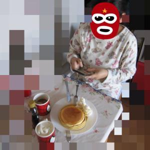 フィリピン人妻との非日常的日常!日曜日の朝食は・・・当然お前が作れ!とは嫁が言いww