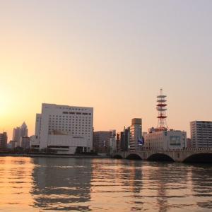 新潟は信濃川と萬代橋と夕日  オマケは新潟駅前(2014年5月 在庫でドン)
