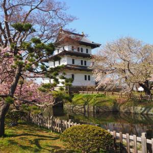 松前城 日本最北の城下町と小さな天守を持つ城