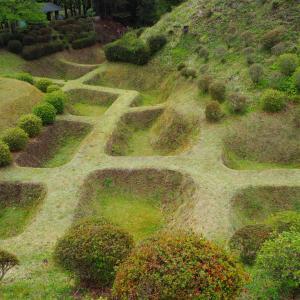 山中城 畝堀・障子堀が印象的な要塞