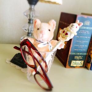魔法の眼鏡で視力回復!小さな字がハッキリ見える!催眠術の力!