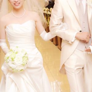 """結婚""""式""""の記念日!《非日常》を演出できる愛され妻♡"""
