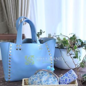 色で毎日をハッピーに☆水色のバッグ・小物は、爽やかさを得たい、現実から開放されたいときにおススメ