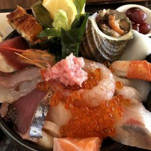 店長さんお勧めご馳走海鮮丼は限定5食「ドリカフェ」