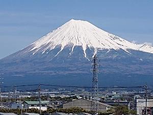 4月15日の我が街の富士山