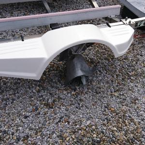 マックストレーラー フェンダー用ステーの代用品 俺夏式で作成っす