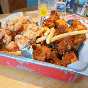 新宿 韓国発祥人気のフライドチキンの味に驚愕!