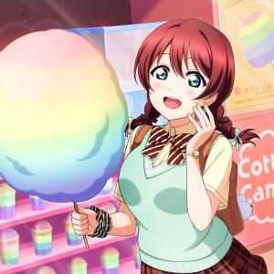 エマさんが夏祭りの縁日で購入してそうなもの【ラブライブ!虹ヶ咲】