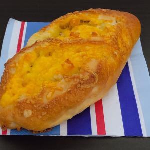 焦がれるチーズフランス (小麦の郷 ライフ)