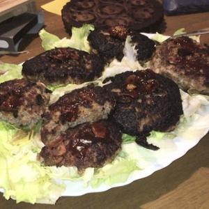 ☆ズボラおやじの簡単レシピ(72):牛ひき肉で、ハンバーグ