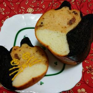 ネコネコ食パン ×  雑草取り