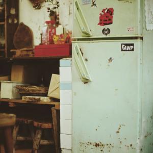 【実家問題①】ぎちぎちの冷蔵庫。。食べ物を捨てられない母