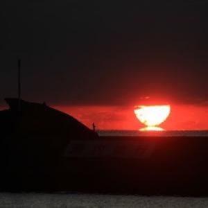 西伊豆の夕陽12月8日