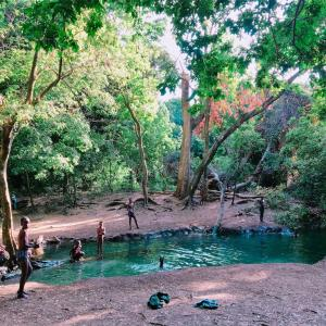アルバミンチの名前の由来になった泉へ
