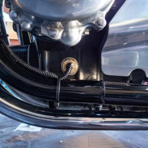 CB1100 エンジンオイル交換と油温計センサーの移設 後編