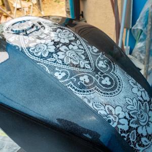 ブラック??  CB1100  DIY 燃料タンク塗装 その⑥