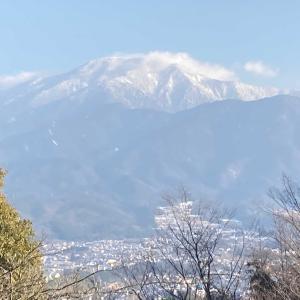 大矢倉跡から恵那山を臨む