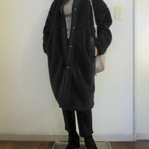 軽い!暖かい!UNIQLOボアフリースノーカラーコート
