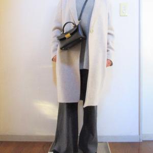 裏地なしコートは袖が引っ掛かる