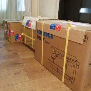 9月25日(金)5台のミシン明日到着いたします。