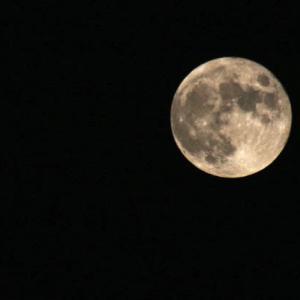 満月の拡大