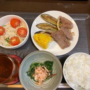 夏休みご飯(^^)焼肉定食(^^)