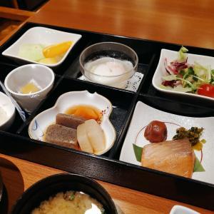 ホテルの朝食(和食と洋食)