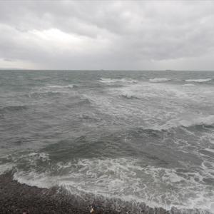 台風19号、只今、こちらは暴風域を脱しました。