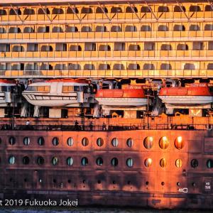 博多港 スナップ写真 船のある景色