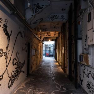 福岡市中央区天神 街のストリートスナップ写真