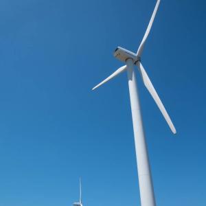 北九州スナップ写真 若松北海岸 風車のある風景