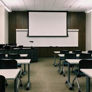 自由が丘産能短期大学心理学基礎コースへ入学します