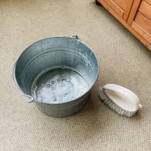 雨の日のベランダ掃除とおうちで工作♪