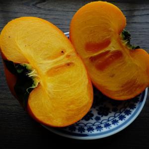 ★旨い柿を食べてメソメソ