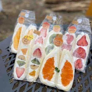 八百屋のフルーツサンド&果物パフェ「望月商店」@西富士宮