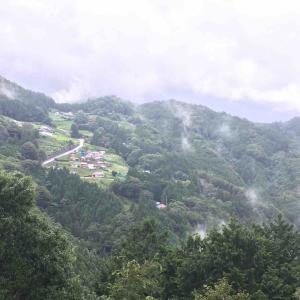 [なう]藤川キャンプヒルLUNA Lunaで「雨が凄いね」と夫婦しっぽり過ごすキャンプ