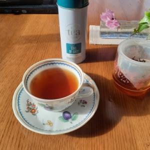 今朝は紅茶で、まったり~!