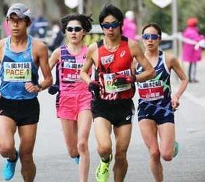 がんばれ!ニッポン! 先ずは女子マラソン。