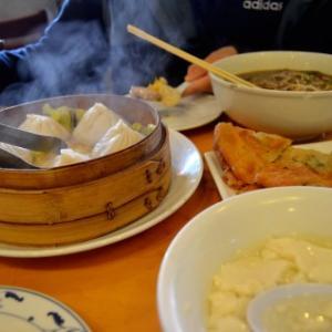 ネット婚活6人目 台湾屋台料理を食べながら…