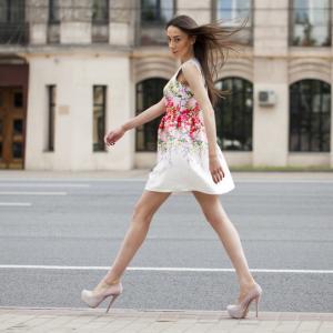 バレエ歩きで美女オーラアップ