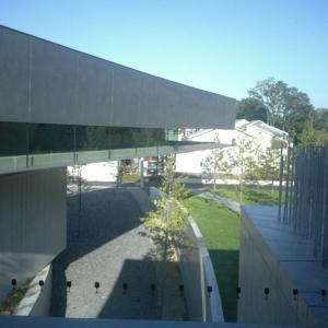 ホキ美術館がスゴイ!建築と絵画の両方を堪能できる注目の美術館をレポート【千葉】