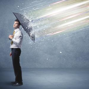 デキるビジネスパーソンは傘にも気を配る【雨の日のビジネスマナー】