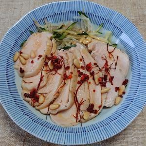 低温調理の鶏むね肉で、よだれ鶏のようなもの