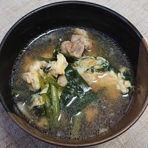 鶏肉入りニラ玉汁、マグロのたたきと刻み長芋