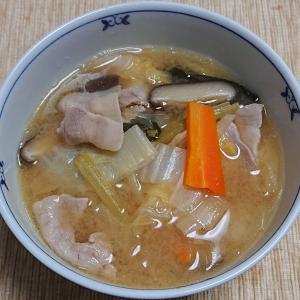 緑豆春雨入り豚汁、アジの刺身