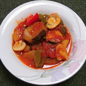 ラタトゥイユ風、野菜のトマト煮込み